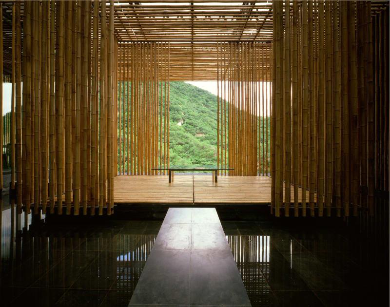 Le Mur de Bambou – Bamboo wall house (Pékin, 2002) Kengo Kuma pour Go Out