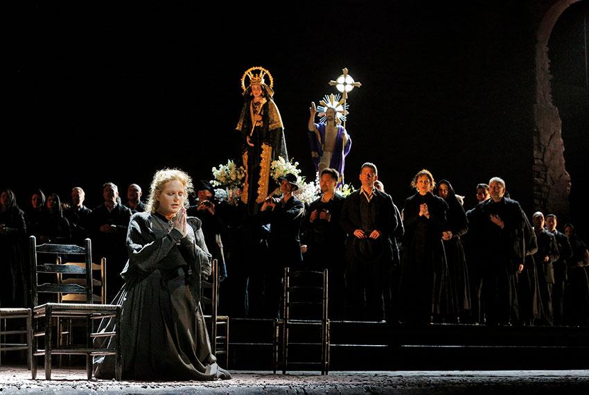 Cavalleria Rusticana P.Mascagni et I Paggliacci de R. Leoncavallo, photo par Erik Berg, photo par Metropolitan Opera, actuellement à l'Opéra des Nations, Genève, du 17 au 29 mars 2018