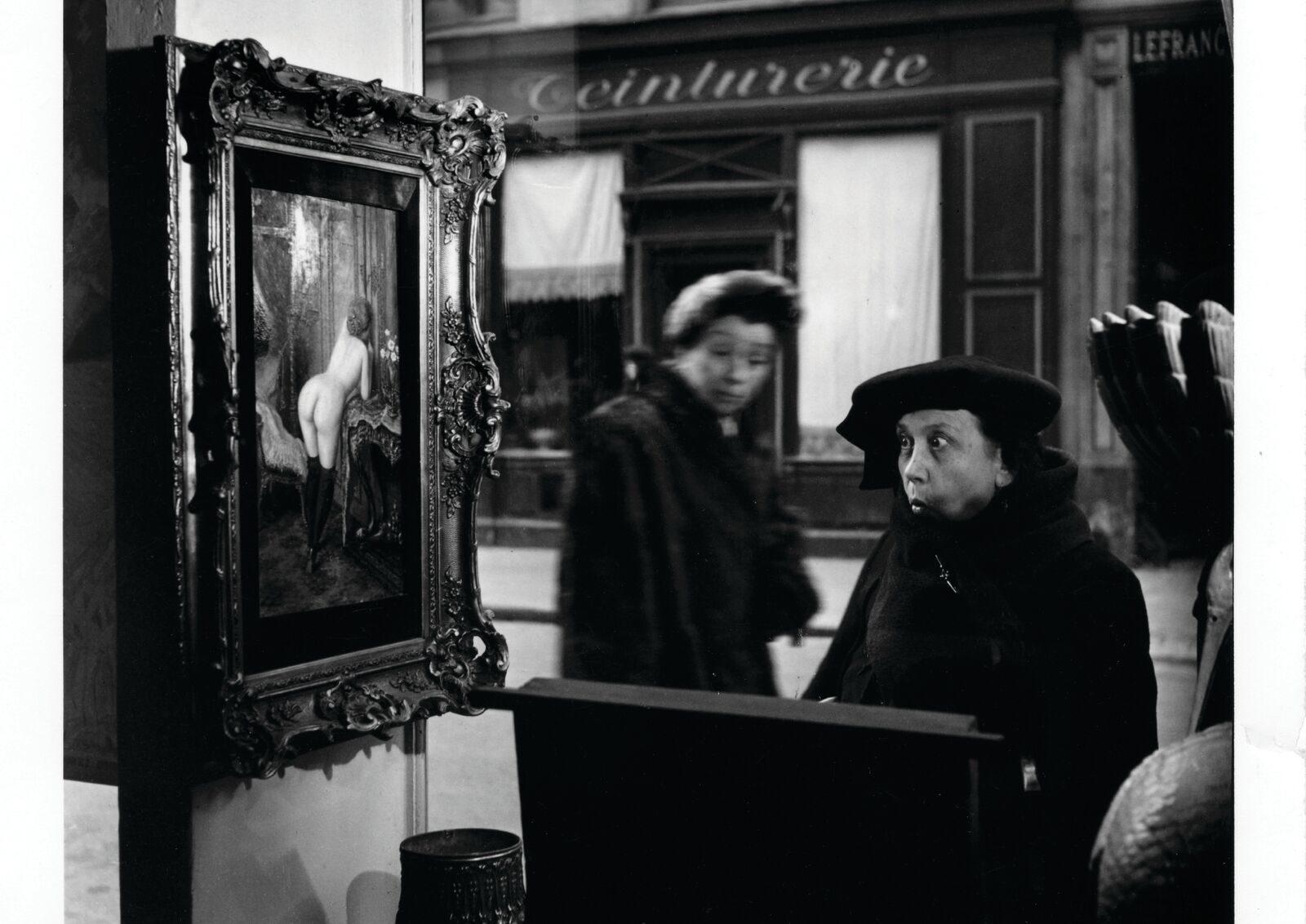 La dame indignée », 1948 (c)Robert Doisneau, article doisneau: déclics et des clichés par mina sidi ali pour go out magazine mai 2018