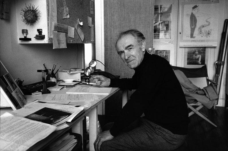 Robert Doisneau dans son atelier, 1983 (c)Peter Turnley, article doisneau, déclics et des déclichés par mina sidi ali pour go out magazine mai 2018